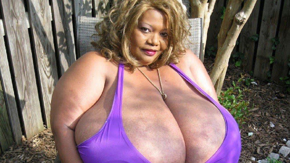 Фото самой большой женской груди
