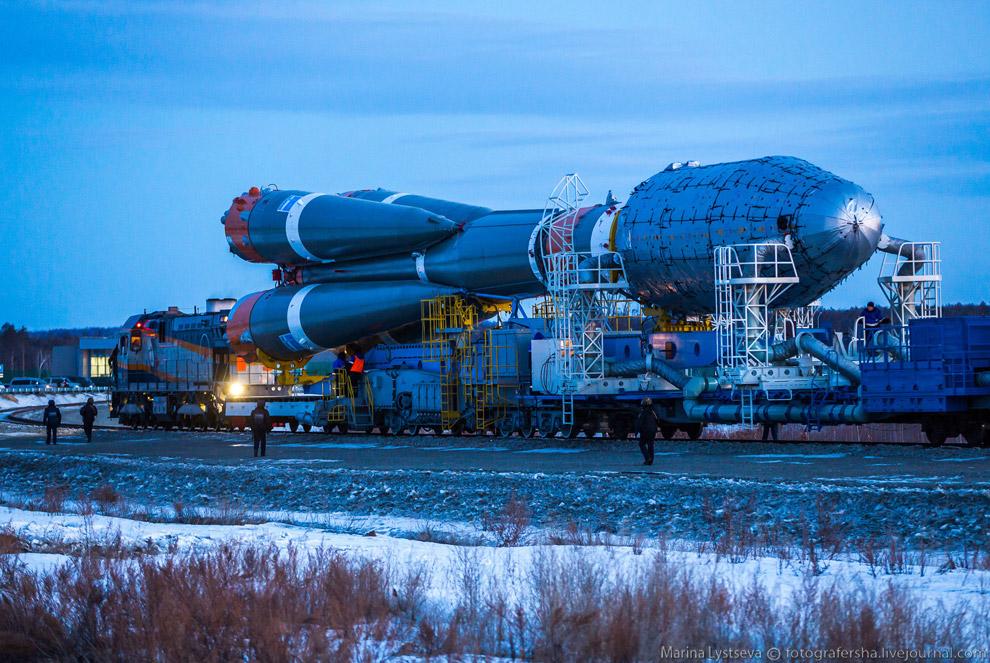 высота ракеты ангара на космодроме готовой к старту веке такое специальное